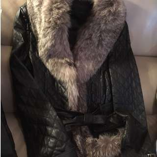 真毛真皮大褸 REAL leather and fur coat (very good condition)