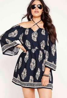 Offshoulder plus size dress