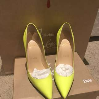 Christian Louboutin So Kate 12cm heels Size 37