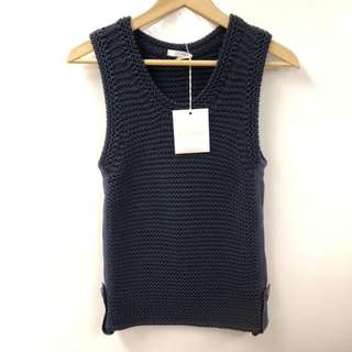New Chloe navy blue knitted vest size M