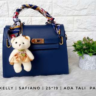 New kelly free syal dan boneka