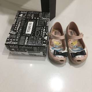 $30 for fast Deal till Tuesday only! Authentic Mini Melissa UltraGirl Alice Shoes US10