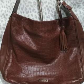 COACH AVERY HOBO AUTHENTIC BAG