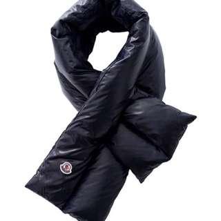 Moncler 羽絨頸巾