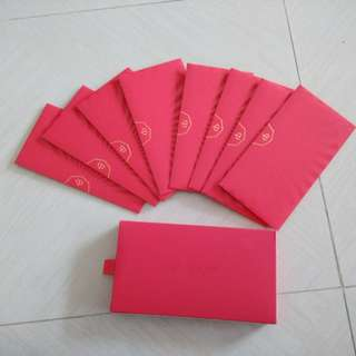Hong bao packets