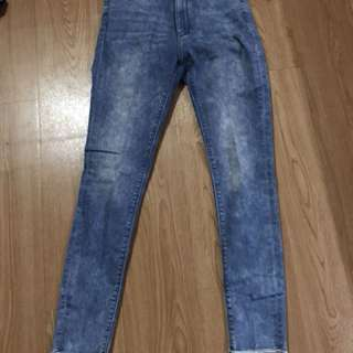 Uniqlo ankle jeans