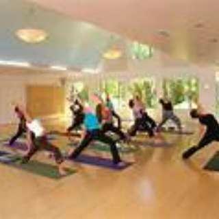 買一年以上會藉送20堂Yoga, 1次facial, 1堂教練堂
