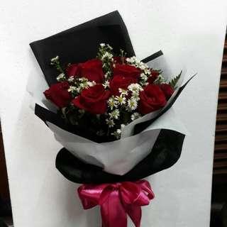 Handbuqet mawar/kado ultah/bunga valentine