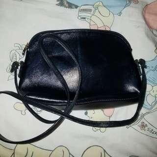 Tas bag slingbag preloved mini black