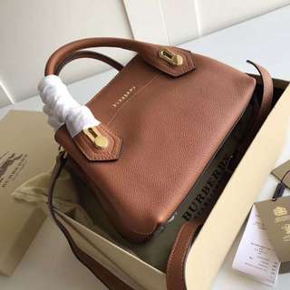burberry the milton bag (small)