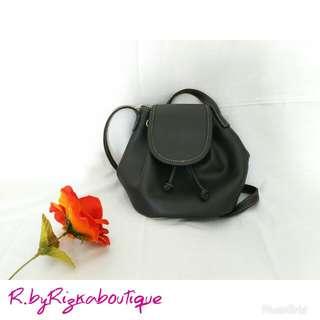 {New} Grey Mini Sling Bag Kerut