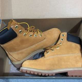 Timberland Boots Size 4 JNRS