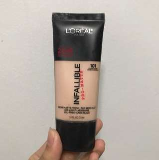 L'oreal Infallible Pro Matte in Classic Ivory
