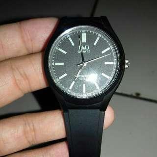 Jam tangan qq water resist 10 bar