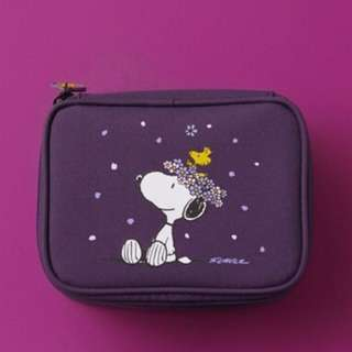 Innisfree X Snoopy Orchid Pouch