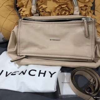 Givenchy Pandora medium beige