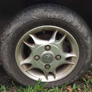 Perodua kancil 12' used alloy rim for trade in two good condition tyre to sell out separately