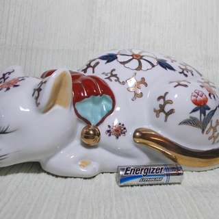 Vintage Japanese Sleeping Cat Kutani Satsuma Porcelain Cat