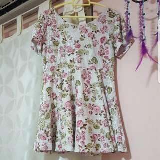 (INSTOCK) Floral Babydoll Dress