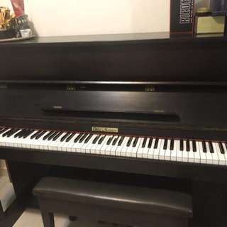 Give a free piano