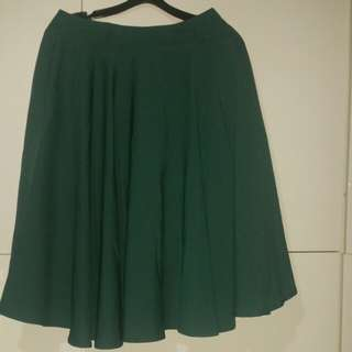 Bnwt the tinsel rack midi skirt forest green TTR