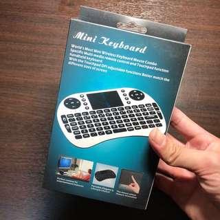 Wireless Mini Keyboard <with Mousepad> NEW