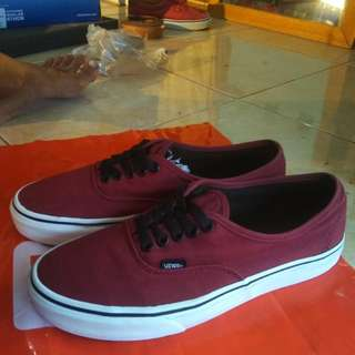 Vans Authentic Port Royal Size 42