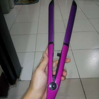 Avon hair curler and straightener
