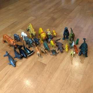 [SOLD] 28 pcs Animals, Fish and Dinosaurs Figurines for Kids' Play