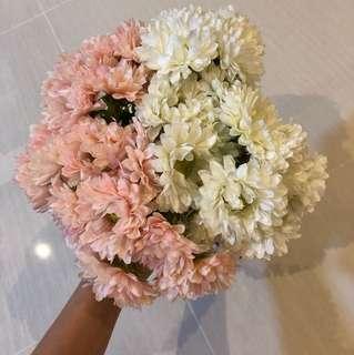 FAKE FLOWERS WEDDING