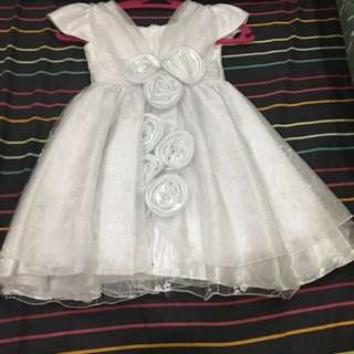 Nanno Kids white sequinned gown
