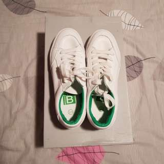 White/Green Casual Shoes