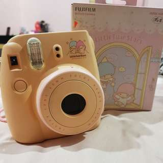 *with warranty* Fujifilm Instax Mini 8