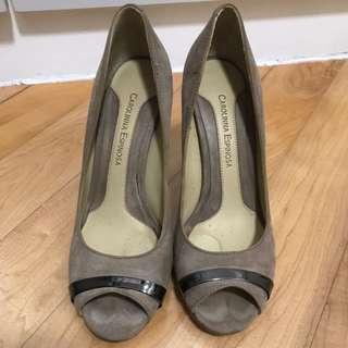 Nude suede heels size 36