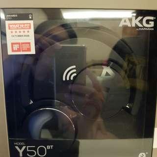 AKG Y50BT headset