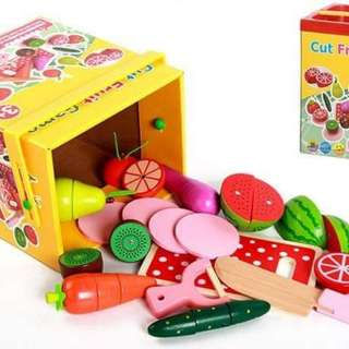 Wooden Magnetic Cutting Fruits Playset