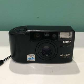 Konica Big Mini Super Compact Zoom 35-70mm BM-311Z Film Camera