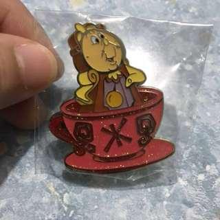 迪士尼 Disney 咖啡杯 Tea Cup Pin 葛士華 徽章