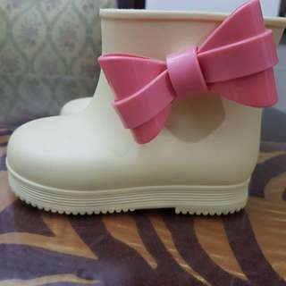 Mini Melissa boots shoes