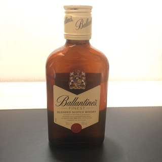 Ballentine's finest blended scotch whisky 200ml 百齡罈紅壐威士忌