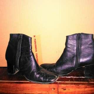 boot kulit