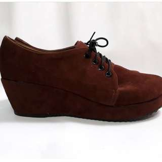 😍Choco Brown Suede Oxford Wedge😍