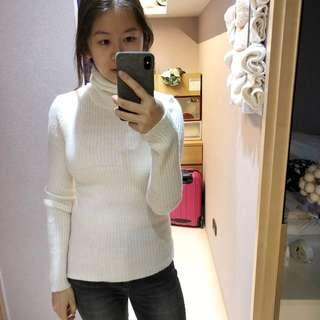 🚚 白高領貼身毛衣