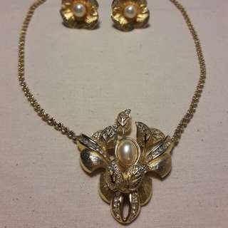 Christion Dior Vintage Necklace