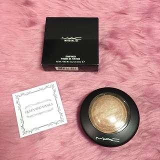 MAC Skinfinish Higlighter Soft and Gentle