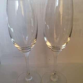 一對Speigelau 白酒杯,9吋高,新。