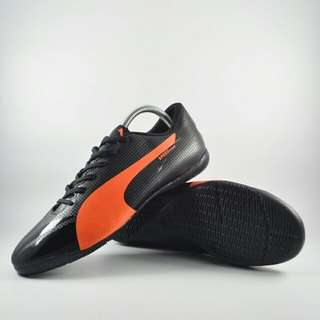 Sepatu futsal puma evospeed 02