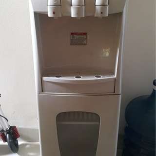Water Dispenser SANKEN HWD-909T ( Panas,dingin,normal,Sterilisasi )