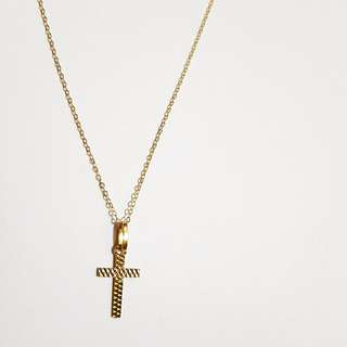 18k yellow gold cross necklace