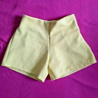 BRAND NEW YELLOW HIGH WAISTED SHORTS